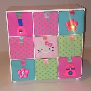 Hello Kitty jewelry trinket box. 9 compartments.